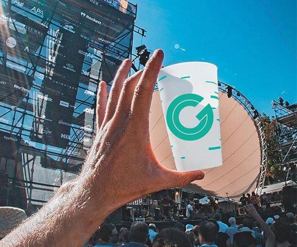 un gobelet plastique oyp9jksw055m14bwwd0vntp5tfrx3xjquxpc513jbc - Gobelet réutilisable et personnalisé GOBELETCUP®